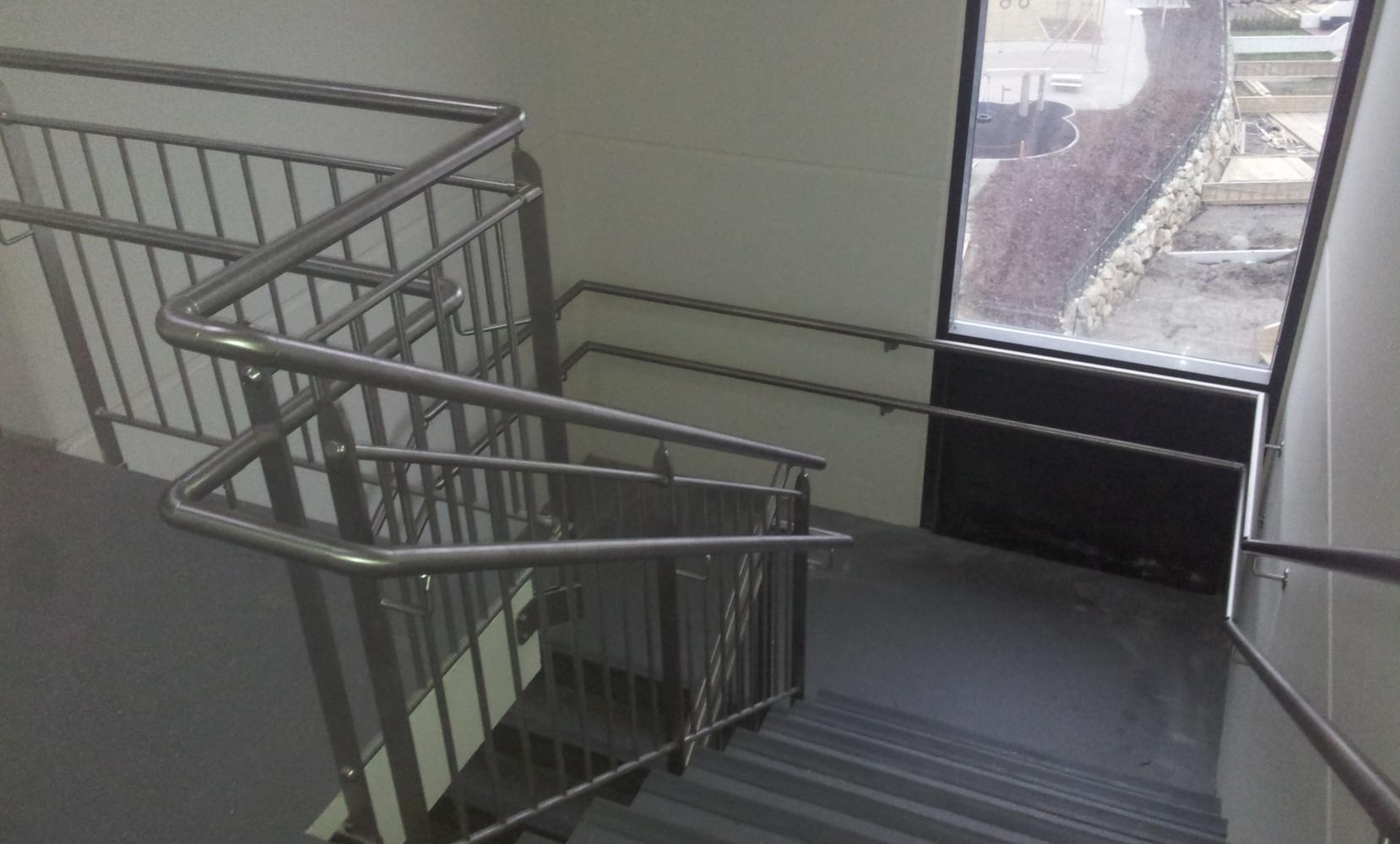 Grupo blamar for Escaleras verticales