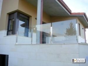 Barandilla con montantes 40x40 para vidrio 5 5 - Normativa barandillas exteriores ...
